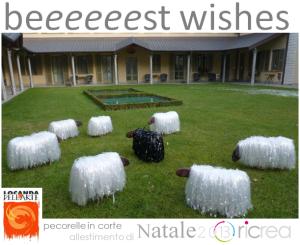 auguri-beeeest-wishes-pecorelle-in-corte-allestimento-natale-20-13-ricrea